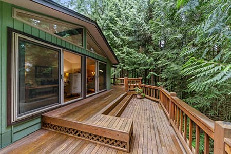 Deck refinishing and power washing services